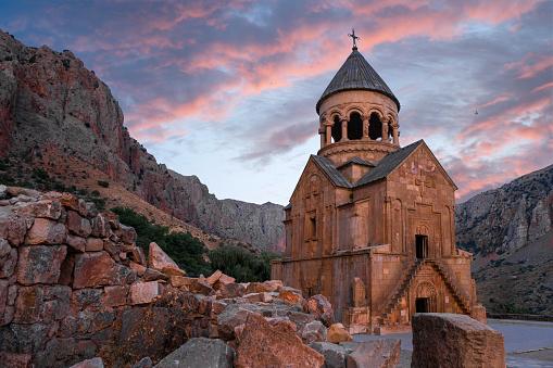 luoghi economici viaggi economici viaggio economico in armenia armenia Armenian monastery of Noravank  Noravank