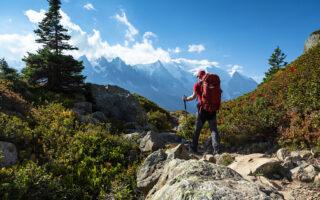 Viaggi per Single Over 50: motivi, vantaggi, destinazioni e sicurezza