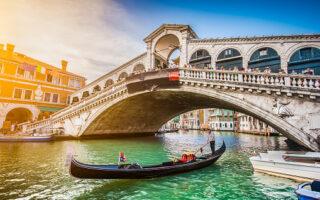Prezzo Gondola Venezia: quanto costa un giro in gondola?