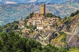 San Leo, Rimini: scopriamo un borgo, cosa vedere e ammirare