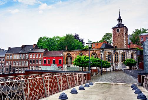 il fiume di liegi  belgio liegi  bruxelles liegi distanza  dove si trova liegi  liegi bruxelles  bruxelles liegi liege belgio  fiume liegi